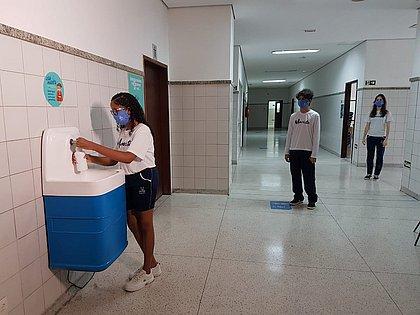 Colégio Marista, em Patamares, voltará hoje (3) apenas com educação infantil e algumas séries do ensino fundamental
