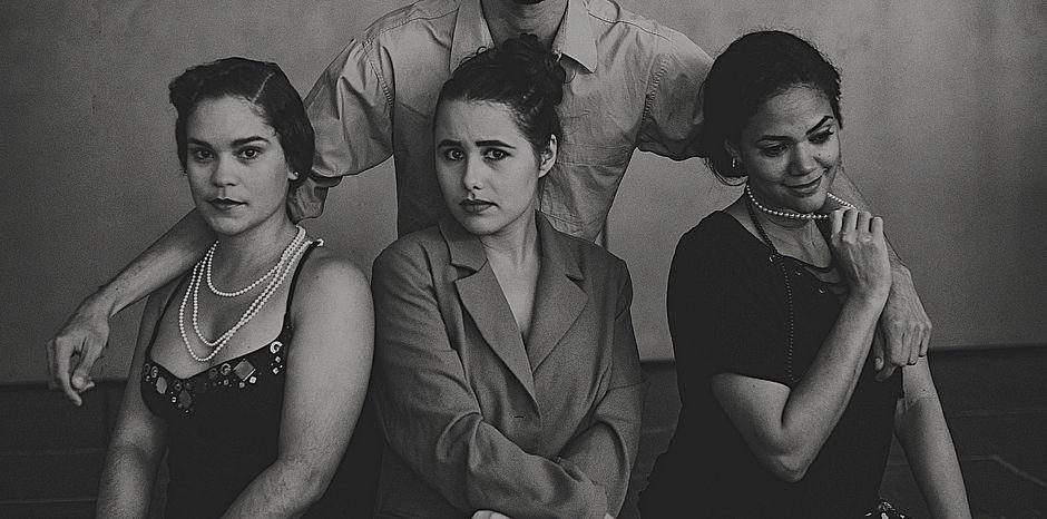 Peça baseada em textos de Luis Fernando Veríssimo aborda intuições femininas