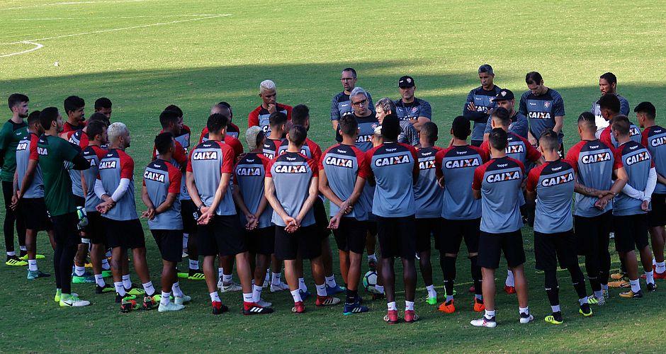 Leão foi forte ao mercado e contratou 27 atletas na temporada 2018 (Foto   Maurícia da Matta EC Vitória) 6ae542519c616
