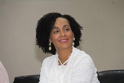 Promotora Lívia Vaz é uma das líderes do projeto