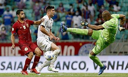 Tricolor pressionou, mas Jailson conseguiu salvar o Palmeiras e impediu a vitória tricolor