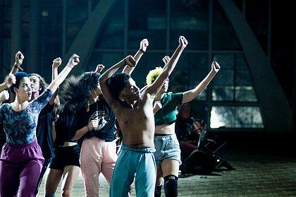 Espetáculo Quando Quebra Queima, de São Paulo, abre evento hoje
