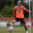 Thiago Neves durante treino do Sport