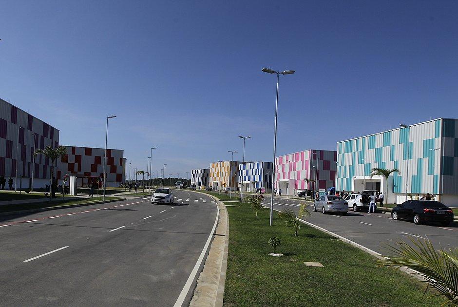 Primeira etapa do complexo  contempla  10 galpões industriais e um prédio administrativo