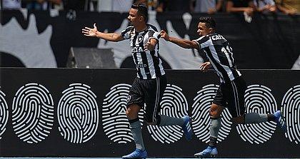 Rodrigo Lindoso marcou o gol que deu o triunfo ao Botafogo