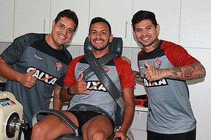 Yago e Léo Ceará fazem a pré-temporada junto com o fisioterapeuta Michel Aguiar