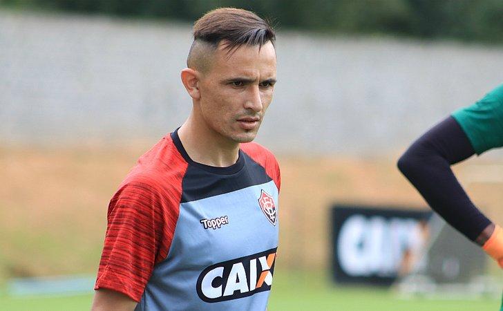 Vitória perde Lucas Fernandes e Benítez contra o Atlético-PR