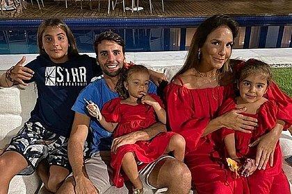 Ivete Sangalo completa 49 anos e ganha vídeo especial narrado pelos filhos; assista