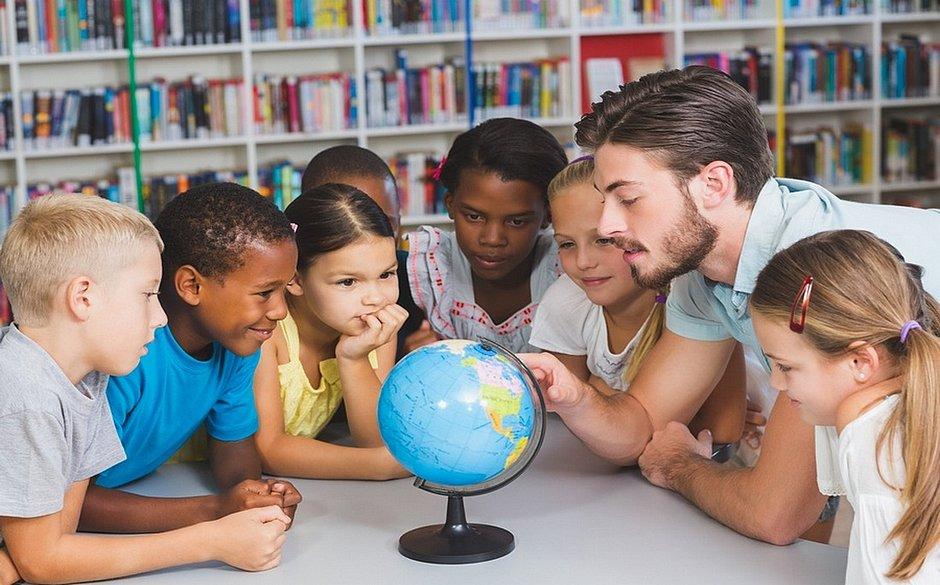 Na escola, aluno deve aprender a conviver em coletividade