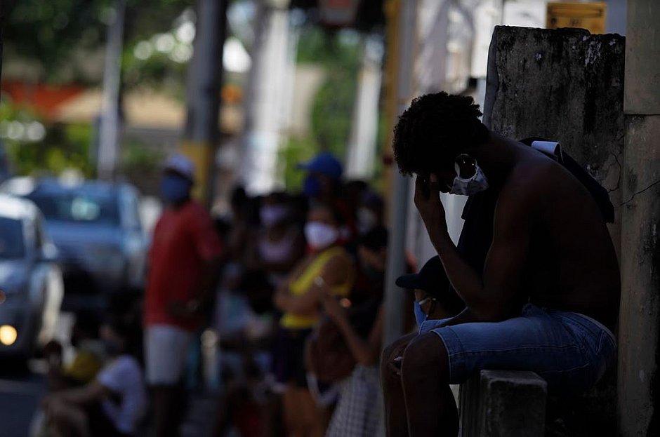Toque de recolher  em 22 municípios da Bahia vai até este domingo (2)