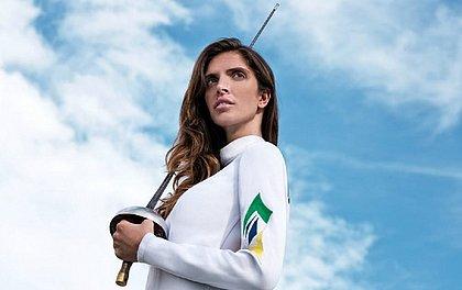 Nathalie Moellhausen é esperança de medalha para o Brasil na esgrima