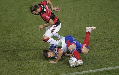 Bahia tombou diante do Flamengo e foi goleado em Pituaçu