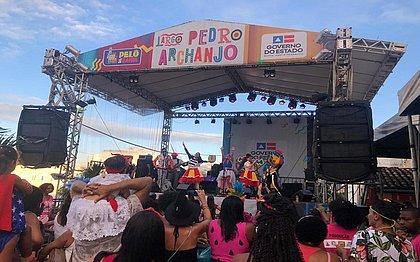 Ao som das marchinhas e do funk, criançada curte último dia de Carnaval