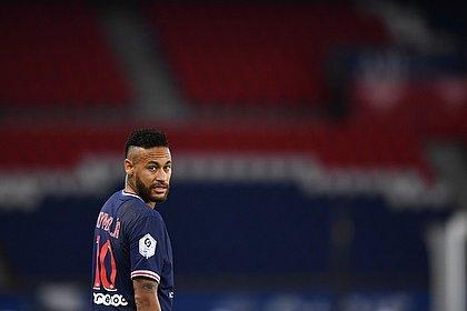 Neymar retornou ao time do PSG após período afastado com covid-19
