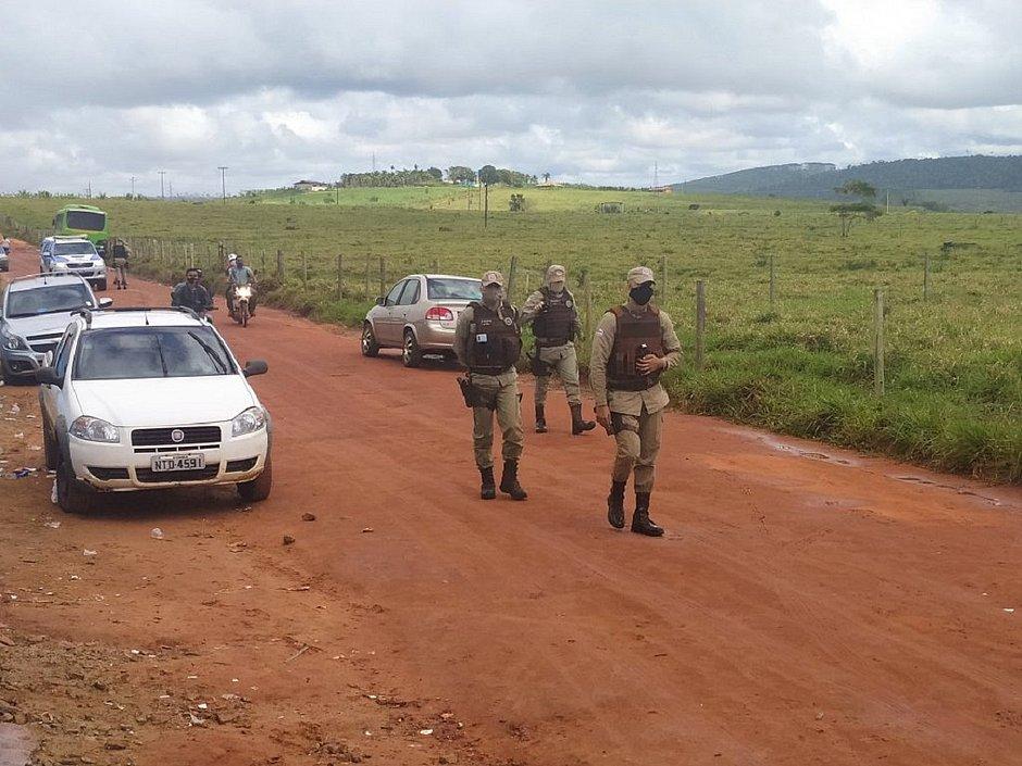 Sul da Bahia: Grupo é agredido e casas são destruídas após ataque a assentamento