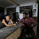 Helder Conceição e Tayná Benecke são os idealizadores da iniciativa que incentiva o afroempreendedorismo