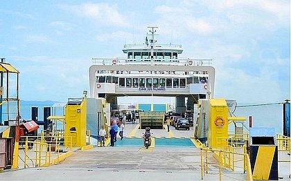 Com lockdown parcial, ferry-boat não funciona no final de semana