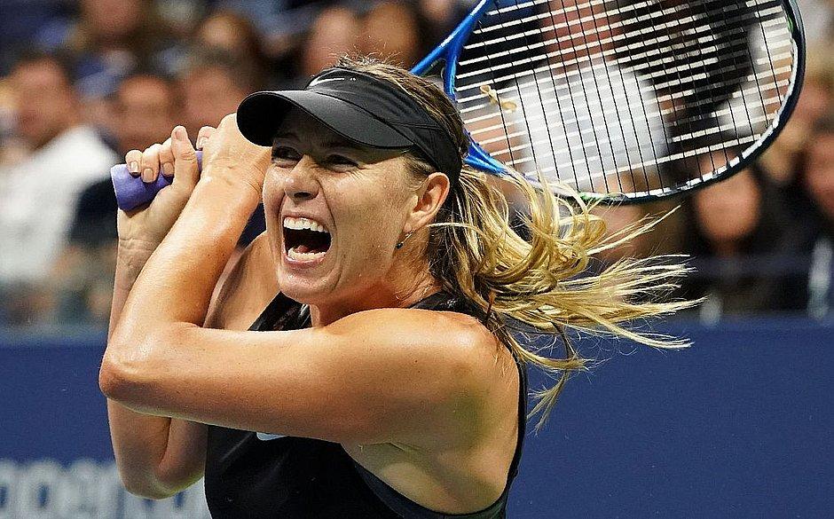Sharapova divulga seu telefone para falar com fãs na quarentena
