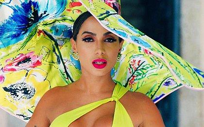 Anitta comemora 1ª vez em lista de mais tocadas nos EUA: 'vou ficar bêbada agora'