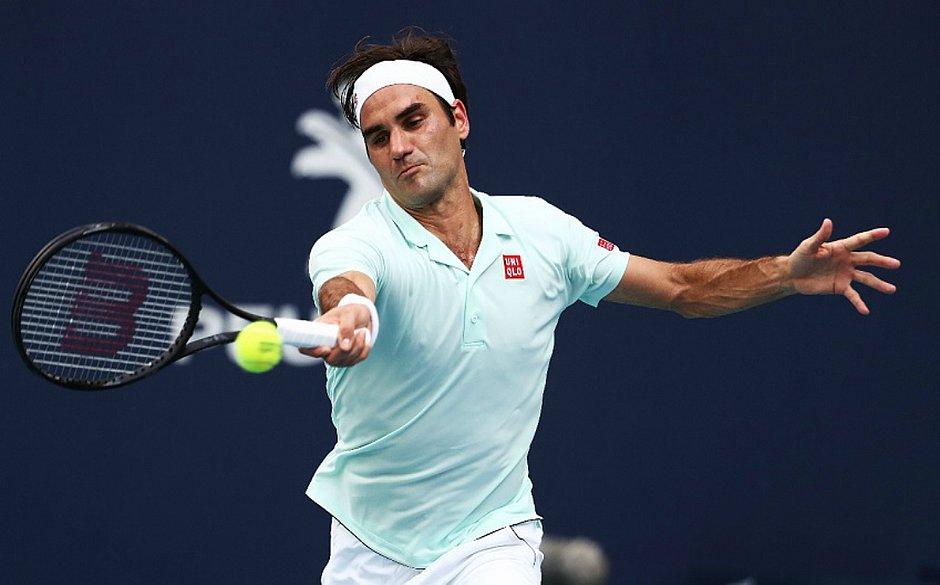 Roger Federer segue na briga pelo título em Miami