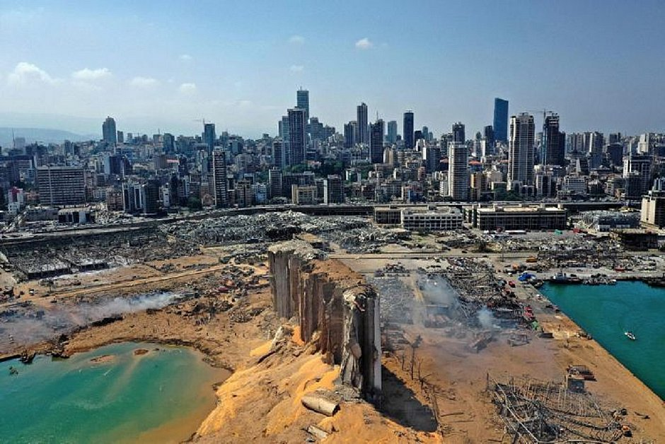 Vídeo mostra antes e depois do porto de Beirute