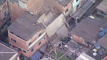 Prédio de quatro andares desaba em Rio das Pedras, no Rio de Janeiro