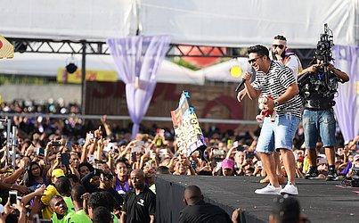 Henrique & Juliano cantaram sucessos e foram ovacionados no evento