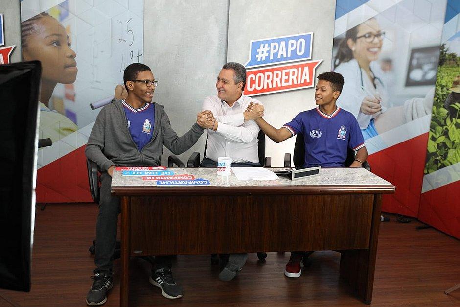 Estudantes da rede estadual vão receber bolsa de R$ 200 para monitoria