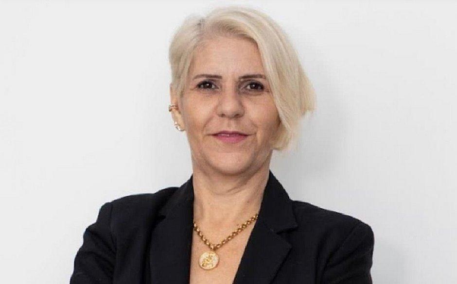 'As mulheres precisam usar sua inteligência emoccional para enfrentar as barreiras no ambiente de trabalho', afirma Thereza
