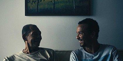 Cena do curta-metragem 'Tempo', estrelado por Gideon Rosa e Fernando Santana