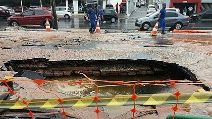 Sete bairros ficarão sem águaapós vazamento em adutora no Dique