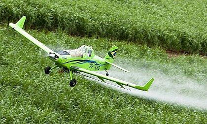 Senado aprova uso de aviação agrícola para combate a incêndios
