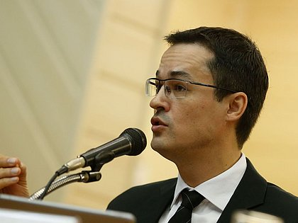 Gilmar vê risco de prescrição e libera julgamento contra Deltan Dallagnol