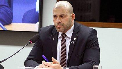 PSOL vai entrar com pedido de cassação do mandato de Daniel Silveira na Câmara