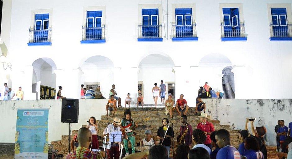 Festa Literária movimenta Cachoeira, no Recôncavo