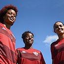 Bia, Pretinha e Leslem fazem parte da equipe feminina do Vitória que está disputando o Campeonato Brasileiro