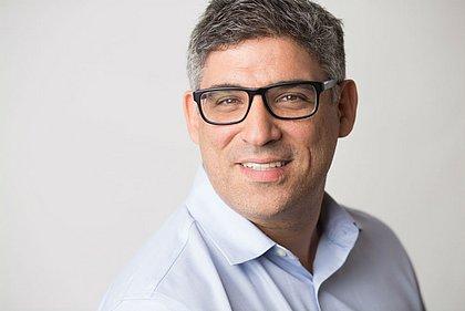 Conrado Schlochauer escreve artigos em sites e revistas sobre inovação e aprendizagem de adultos