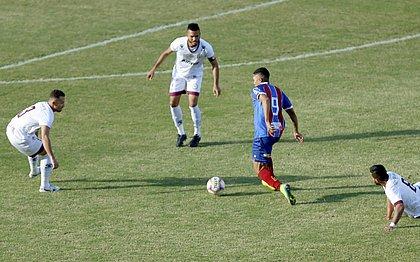 Saldanha perdeu chances importantes no primeiro tempo