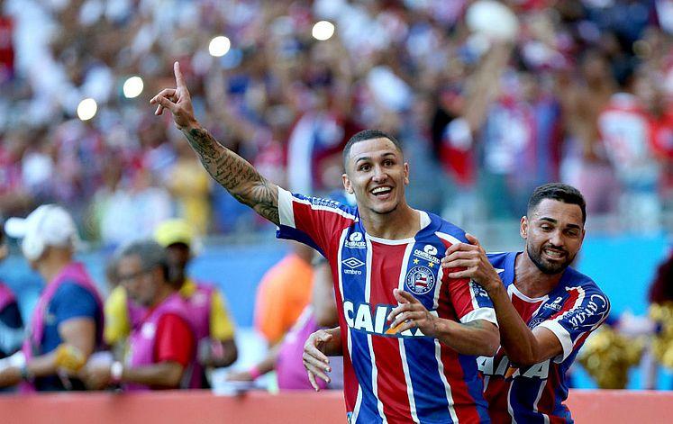 Bahia goleia Vitória por 4x1 com autoridade na Fonte Nova - Jornal CORREIO   5e7371fd4c800