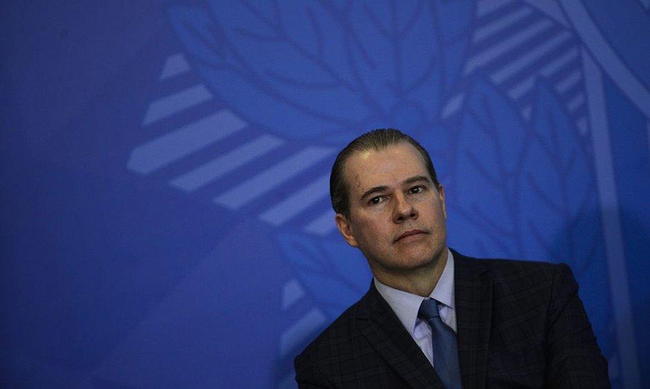 Toffoli defende nova regulação para combate às fake news