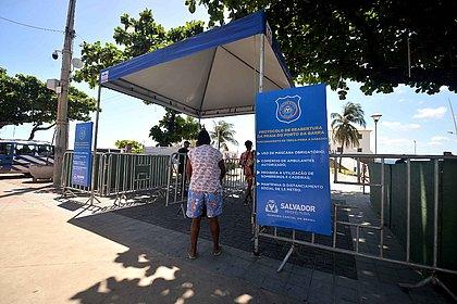Primeiro dia de Portal de Acesso à praia do Farol foi tranquilo, diz GCM