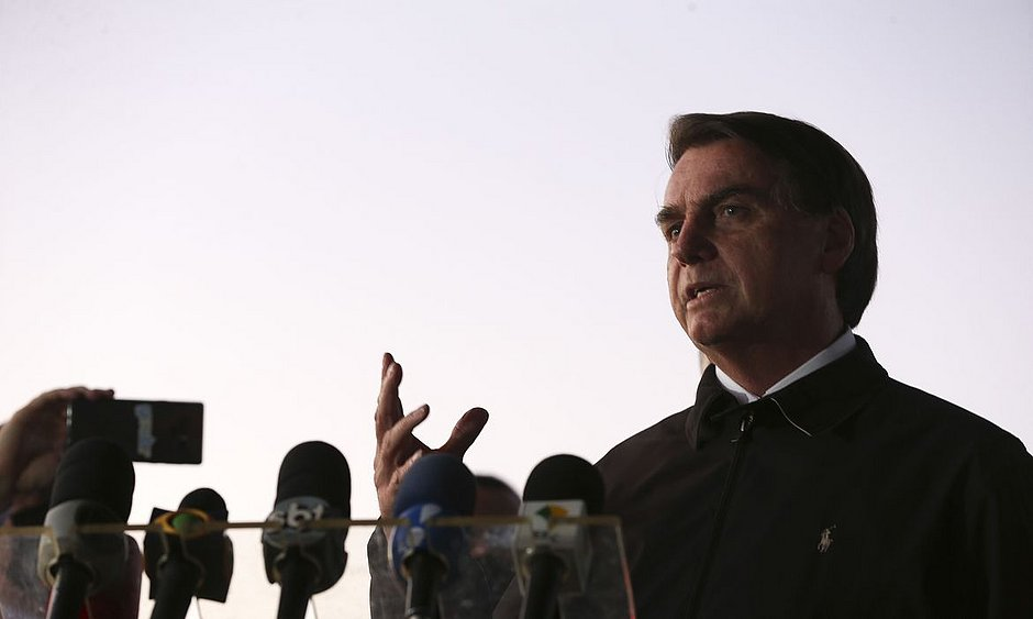 Bolsonaro sanciona MP que cria programa de manutenção do emprego