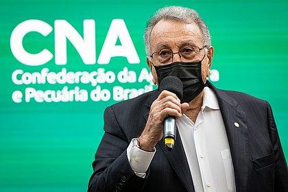 Presidente da CNA, baiano João Martins é reeleito por unanimidade