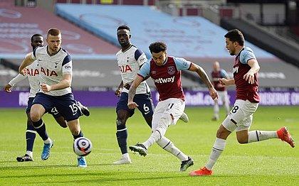Lingard marcou o segundo gol do West Ham