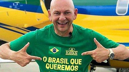 Mensagens indicam que empresário bolsonarista Luciano Hang patrocinou um programa do blogueiro Allan dos Santos