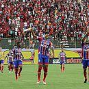 Jogadores do Bahia deixaram o campo comemorando