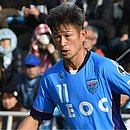 Kazu Miura renova contrato com o Yokohama aos 52 anos
