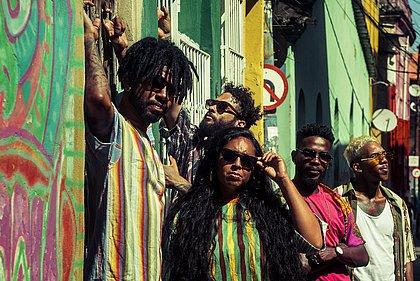 Afrocidade faz mistura potente e dançante para denunciar opressões