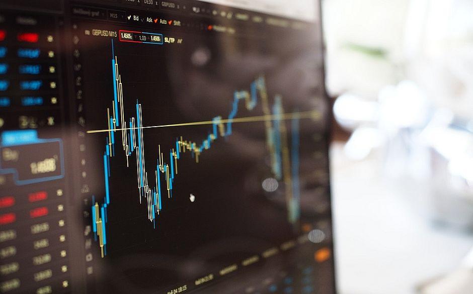Mercado prevê inflação de 3,06% e nova queda da Selic esta semana