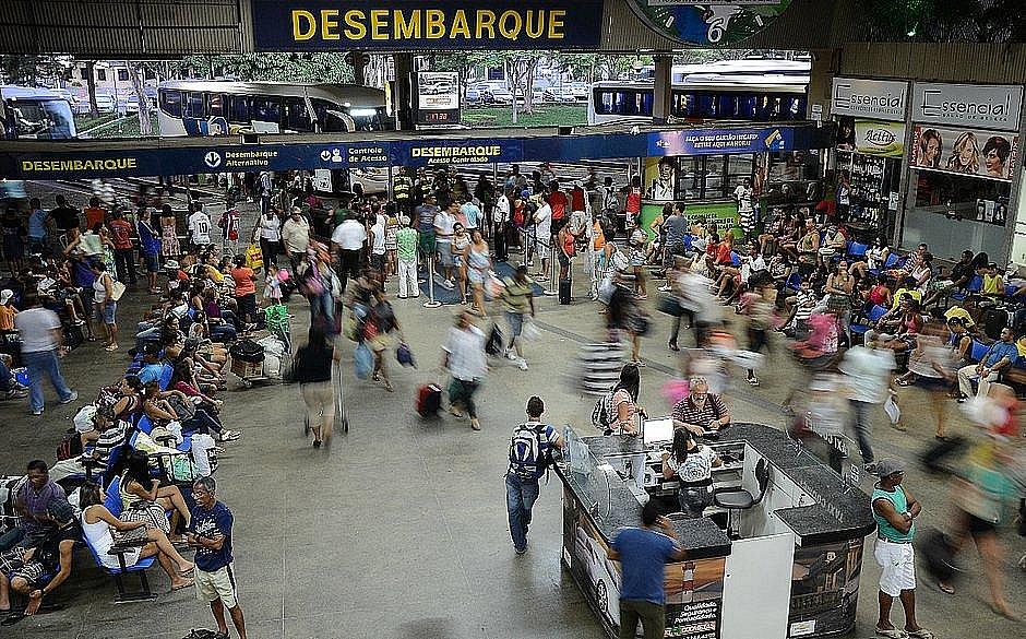 Mais 21 municípios têm o transporte suspenso na Bahia; total chega a 240